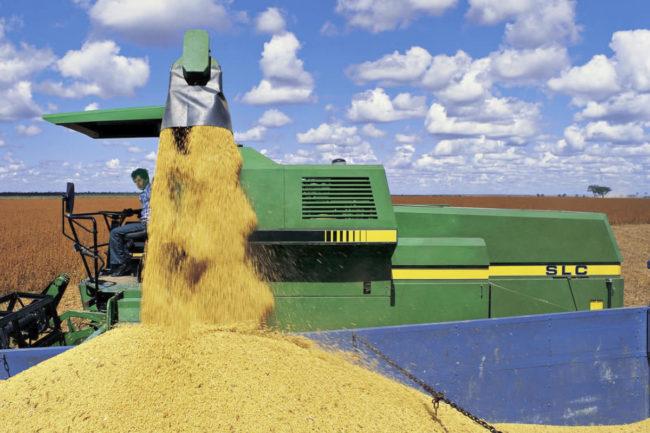 Bunge corn tractor