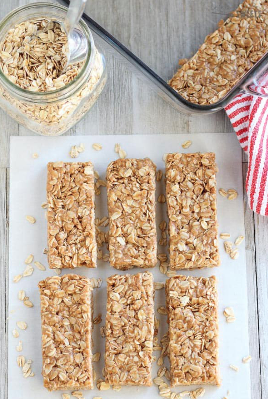 Honey, nuts and oats bars