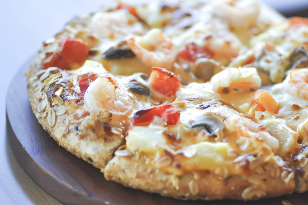 Pizza with whole grain crust