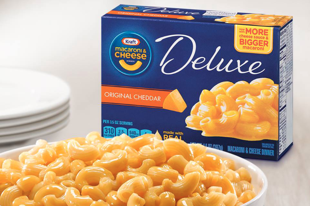 Kraft Deluxe macaroni and cheese dinner