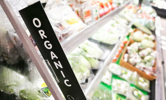 Organicgroceryaisle_lead
