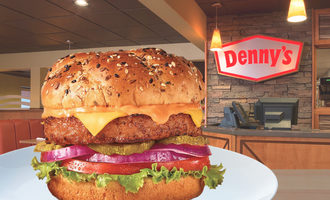 Dennysbeyondburger lead1