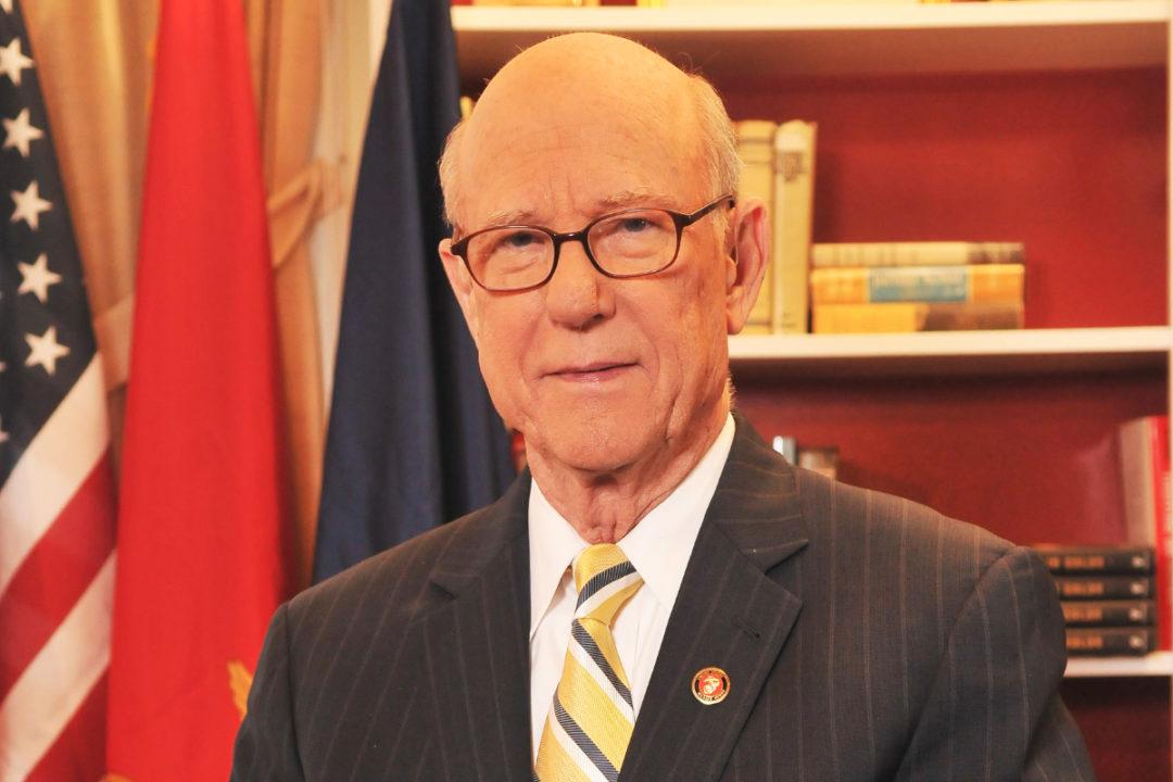 Senator Pat Roberts of Kansas