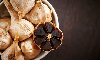 Aged-black-garlic