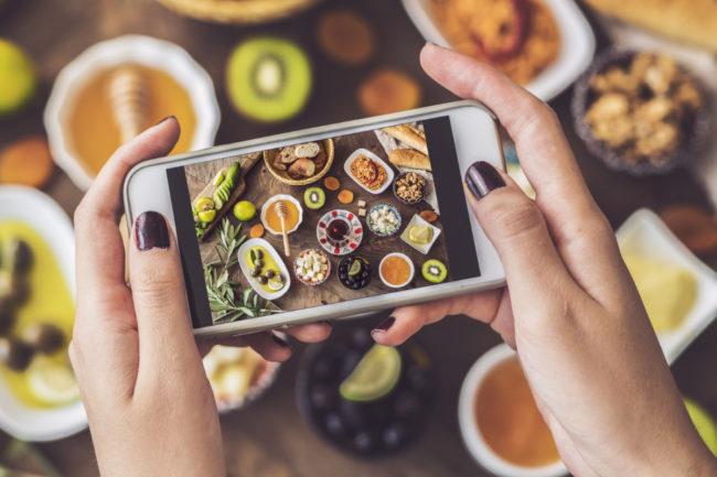 Social media influences eating habits