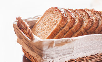 Breadpartnerschoicecrackedwheatbasebread lead