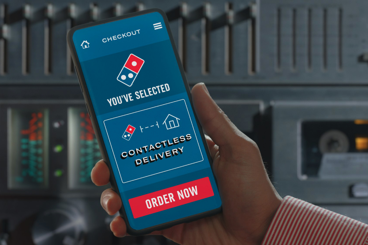 Dominos contactless delivery order