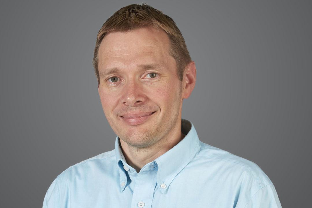 Stefan Oellinger, Applegate