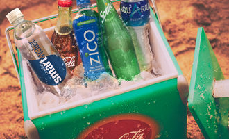 Cocacolabeveragescooler lead