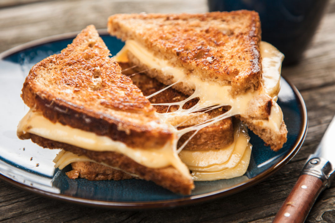 Grilled cheese with stretchy cheese