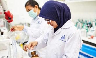 Unileverlabworker lead