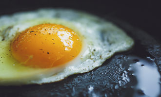 Egginpan_lead