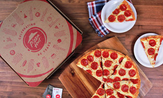 Pizzahutspread_lead