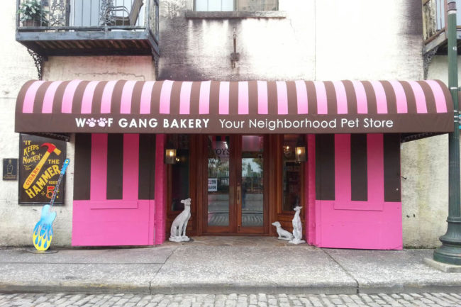 Woof Gang Bakery storefront