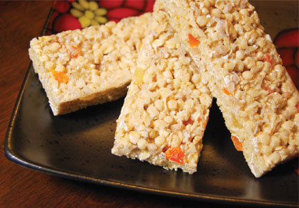 Granola bars with fruit pieces