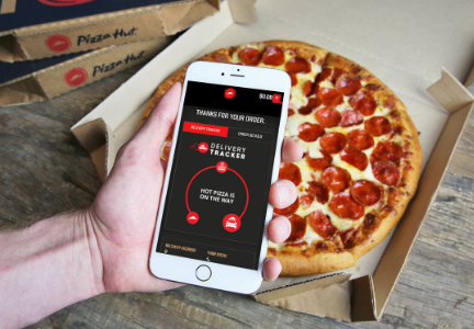Pizza Hut deliver tracker on phone