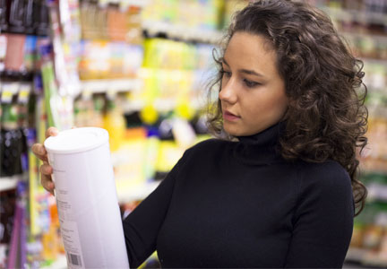 Food evangelist reading food label